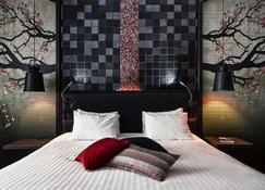 M Hotel - Different Hotels - Genk - Bedroom