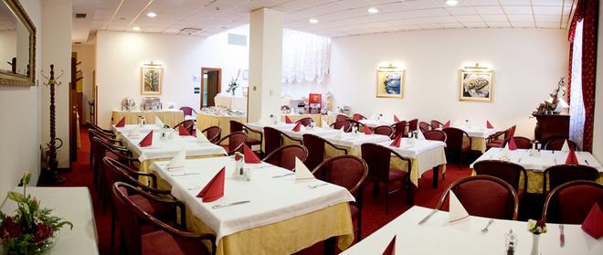 格羅伯酒店 - 斯普利特 - 斯普利特 - 餐廳