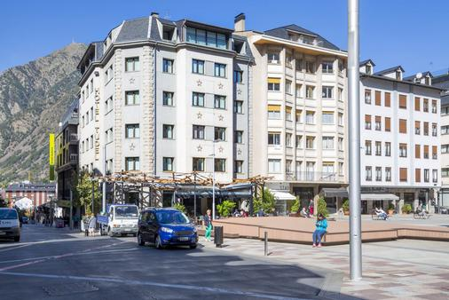 Hotel Tudel - Les Escaldes - Building