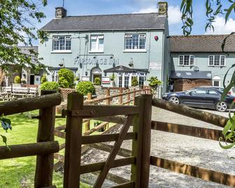 Parsonage Farm Inn - Tenby - Gebouw