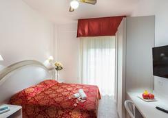Hotel Caravelle - Cesenatico - Habitación