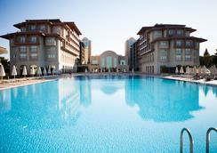 Radisson Blu Resort & Spa, Cesme - Τσεσμέ - Πισίνα