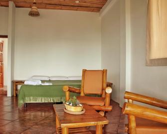 Seaside Garden Lodge Mompiche - Mompiche - Sala de estar