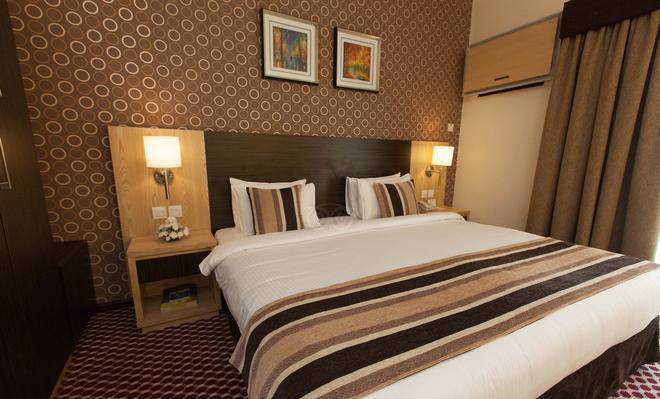 Fortune Karama Hotel - Dubai - Bedroom