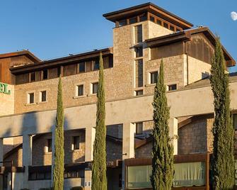 Hotel Mirador de Gredos - El Barco de Ávila - Building