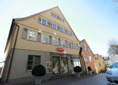 Reinhardts Hotel & Automobilia - Bietigheim-Bissingen - Building
