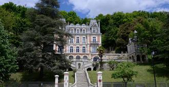 Art Hotel Tours - Rochecorbon