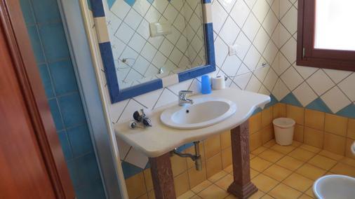Il Viandante - San Teodoro - Phòng tắm