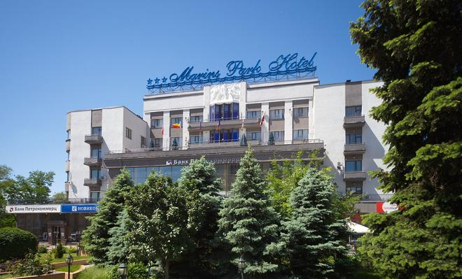 Marins Park Hotel Rostov - Rostov on Don - Building