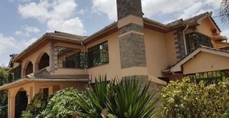 Spurwing Guest House - Nairobi - Toà nhà