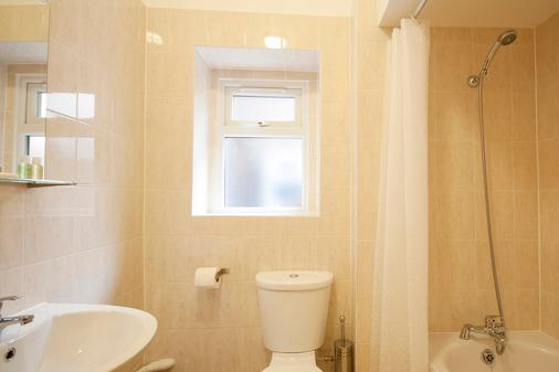 United Lodge Hotel & Apartments - London - Bathroom