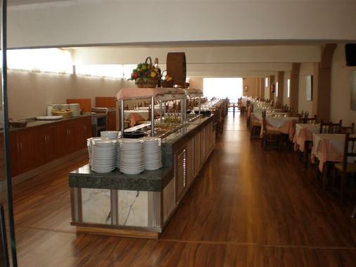 克里斯塔爾酒店 - 托雷莫里諾斯 - 多列毛利諾斯 - 自助餐