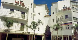 Hotel Kristal - Torremolinos - Edificio
