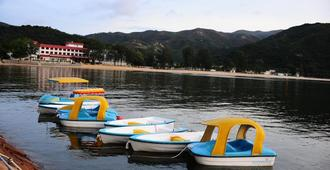 Silvermine Beach Resort - Hong Kong - שירותי מקום האירוח