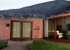 Ravintsara Wellness Hotel - Nosy Be - Bygning