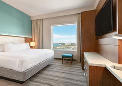 Embassy Suites by Hilton Sarasota - Sarasota - Bedroom
