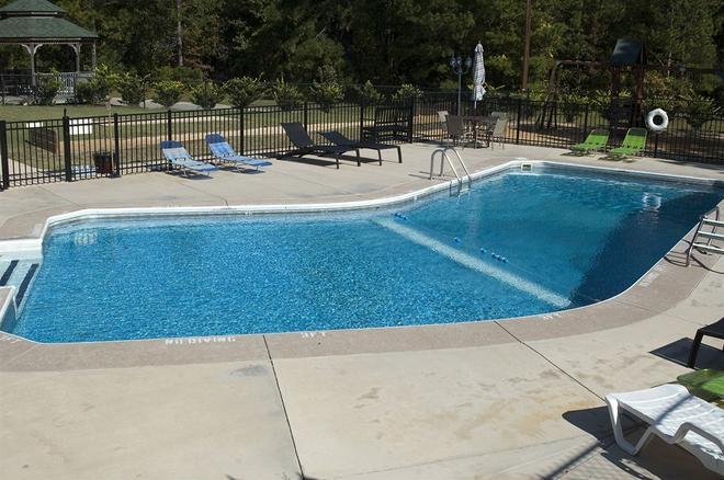 The Pine Inn - Pinebluff - Pool