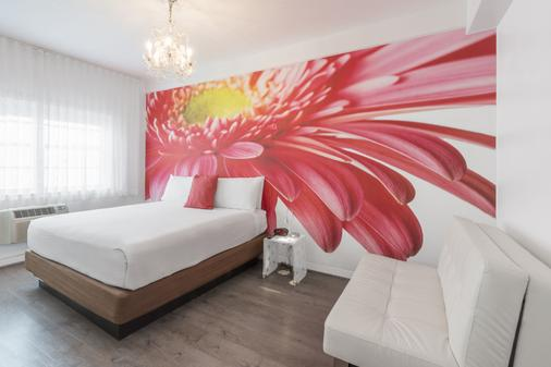Penguin Hotel - Miami Beach - Bedroom