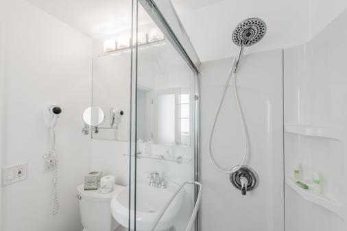Penguin Hotel - Miami Beach - Bathroom