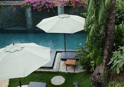 The Sangkum - Phnom Penh - Pool