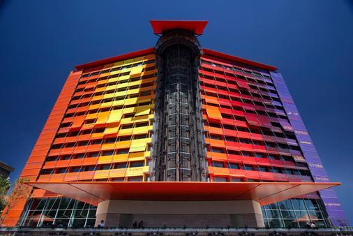 Hotel Puerta América - Madrid - Rakennus