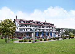 Best Western Hotel Brunnenhof - Weibersbrunn - Edificio