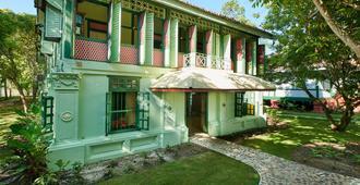Temple Tree Resort - Langkawi