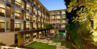 The Haven Bali Seminyak - Kuta - Building