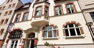 Blue Doors Hostel Altstadt - רוסטוק