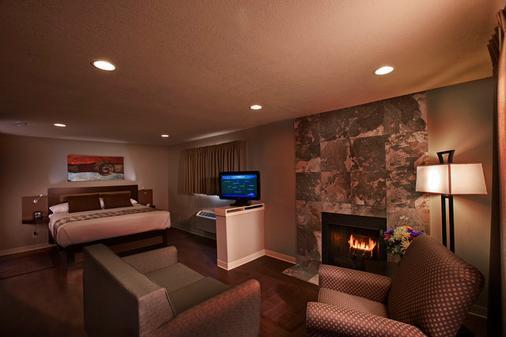 Hotel At Waterwalk Wichita - Wichita - Bedroom