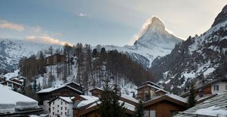 Albana Real - Zermatt - Building