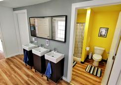 City House Hostel Philadelphia - Φιλαδέλφεια - Μπάνιο