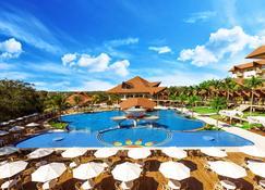 Recanto Cataratas - Thermas, Resort e Convention - פוז דו איגוואסו - בריכה