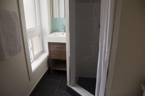 Royal Oak Inn - Toronto - Phòng tắm
