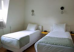 Royal Oak Inn - Toronto - Phòng ngủ