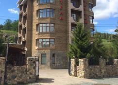 托塔許飯店 - Novoabzakovo - 建築