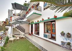 Hotel Harshikhar - Nainital - Building