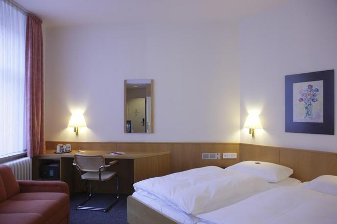 柏林霍夫酒店 - 基爾 - 基爾 - 臥室