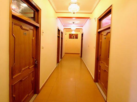 Hotel Sunshine - Haridwar - Tiền sảnh