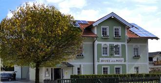 Das Grüne Hotel Zur Post - 100 % Bio - Salzburg - Gebäude