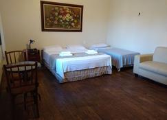 Chez Les Rois Guesthouse - Manaus - Quarto