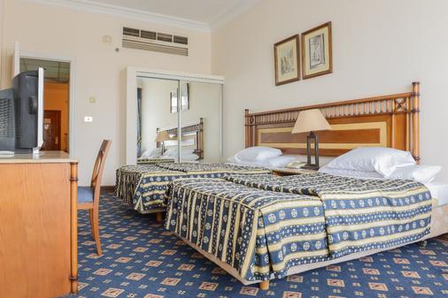 奧姆寇蘇姆酒店與塔樓 - 開羅 - 開羅 - 臥室
