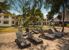 Bahari Dhow Beach Villas - Diani Beach - Strand