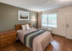 HomeTowne Studios Spokane - Valley - Spokane - Bedroom