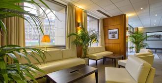 B&b Hotel Paris 17 Batignolles - פריז - לובי