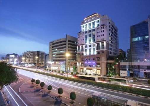 Carlton Palace Hotel - Dubai - Building