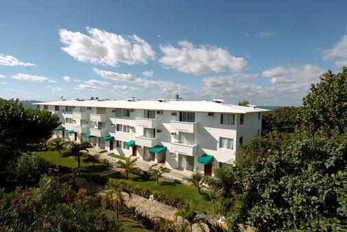 法蘭達酒店多斯普拉亞斯海灘別墅酒店 - 坎昆 - 坎昆 - 建築