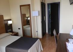 Hotel Rincón Sol - Málaga - Makuuhuone