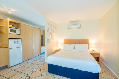海灣酒店 - 盧薩威爾 - 努薩 - 臥室