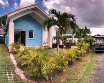 Residencial Sueno Caribeno - Бока Чіка - Building